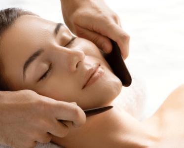 І жодних скребків: 7 найкращих гаджетів для трендового масажу гуаша